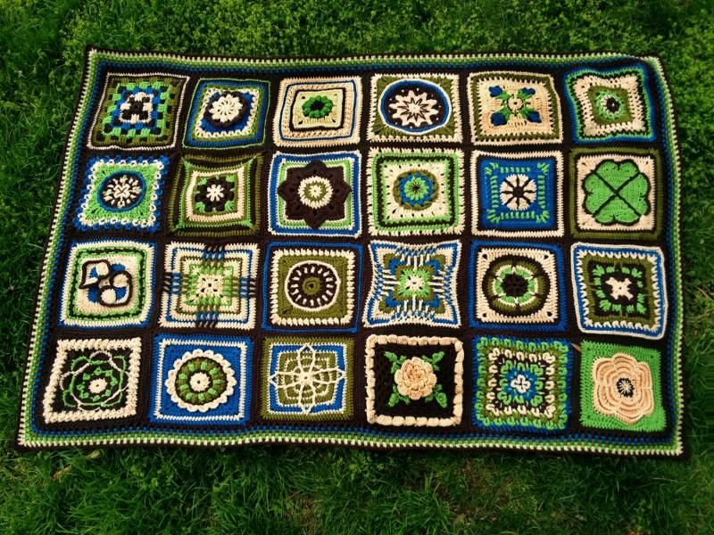 Free Crochet Pattern For Granny Square Sampler : Alfa img - Showing > Crochet Sampler Afghan