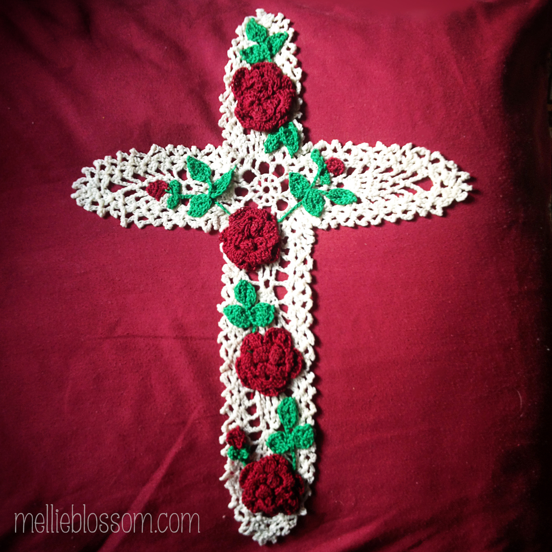 Crochet Cross : Crossmb Lacy Cross Crochet