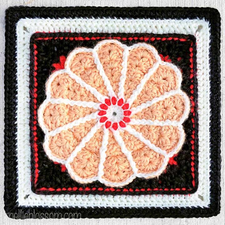 Pane in my Dahlia Crochet Square - mellieblossom.com